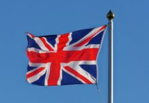 restriktionerna Britter får böta