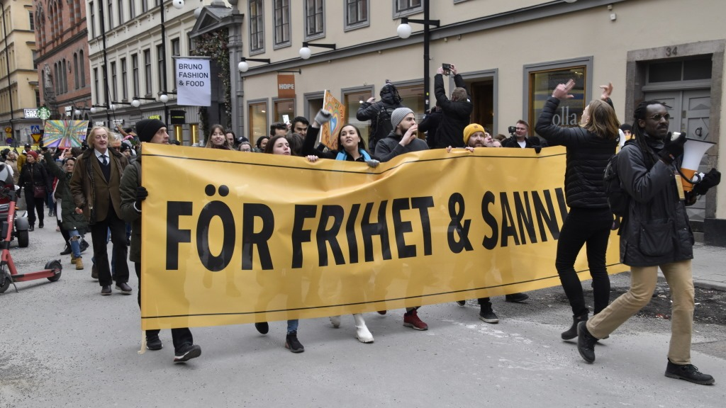 förvränga bilden Tusenmannamarschen för Sanning och Frihet Max Winter intervjuas